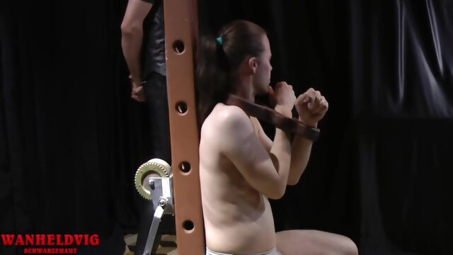 Tickling Feet In Different Ways bdsm beeg videos