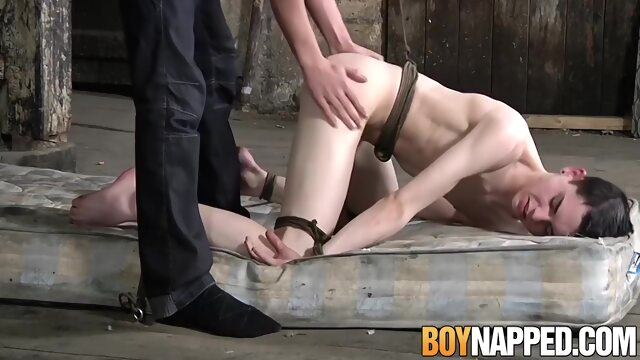 Kinky Twink Aaron Aurora Tied And Pov From Behind bdsm beeg videos
