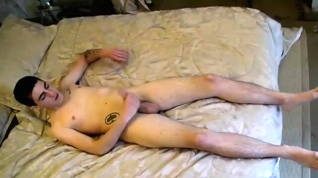 Free gay man masturbates first time A Toe Sucking Solo amateur beeg videos