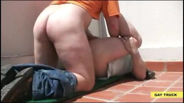 Bear Daddy Fucked at The Roof bear beeg videos