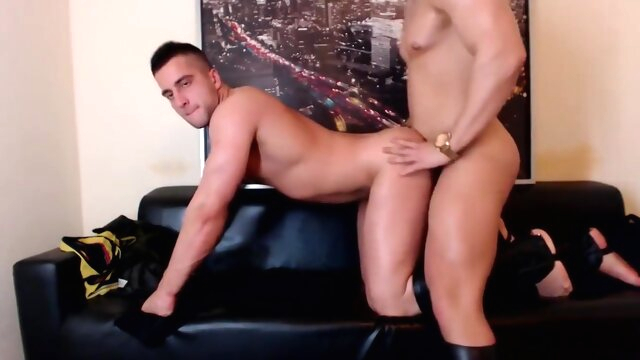 2 muscles boys flex on webcam amateur beeg videos